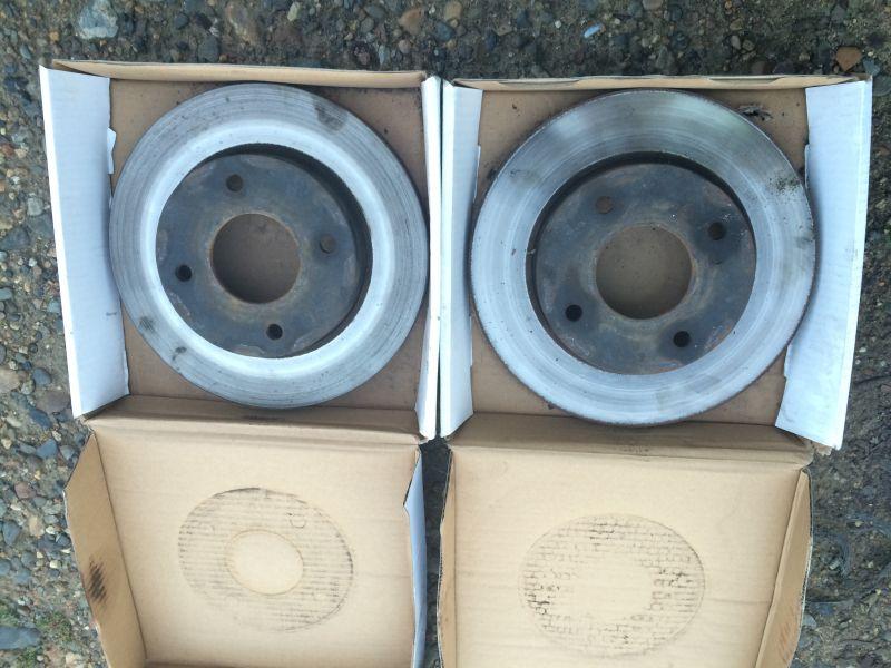 Передние, контрактные тормозные роторы Nissan