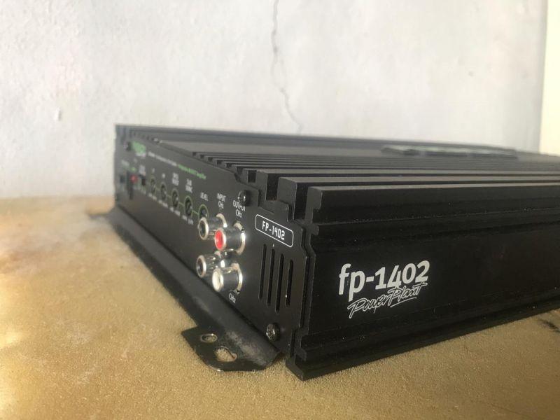 Продам автомобильный усилитель FUSION FP-1402