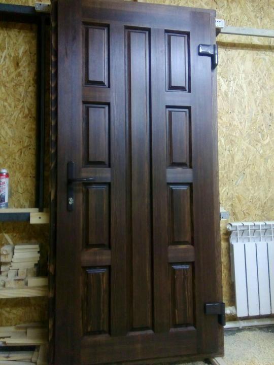 Изготовление деревеннях дверей по вашим размерам